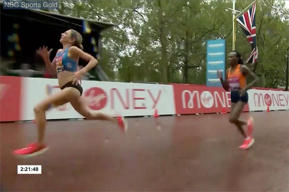 Hall Chepnegetich London 11 20 Maratón de Londres femenino - Kosgei Zinging In The Rain